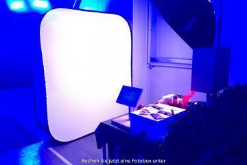 Fotobox Firmenjubiläum 360x240 - Fotobox für ein Firmenjubiläum